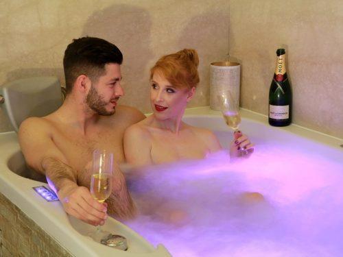 Privátní koupel ve víně + finská sauna ZDARMA